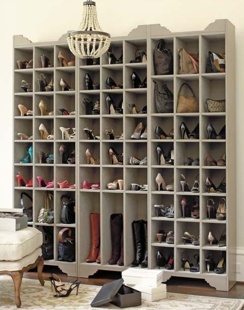 armoire pour ranger les chaussures. Black Bedroom Furniture Sets. Home Design Ideas