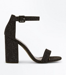 NEW-LOOK-sandales-noires-à-paillettes-et-talons-blocks