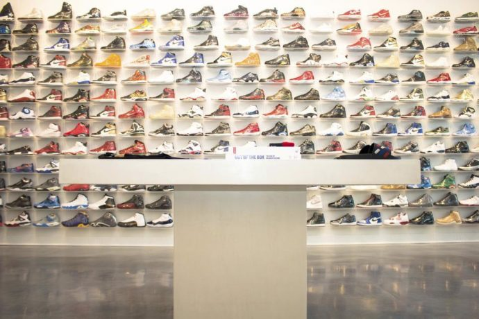 In Chicago Sneaker Top 10 Shops wFHqYRtR